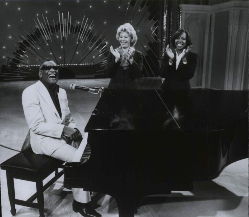 TV+-+Poss+Dinah+Shore+Show,+Ray+Charles,+poss+Gladys+Knight+-+1980.jpg